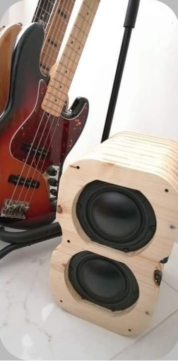 Bass-8